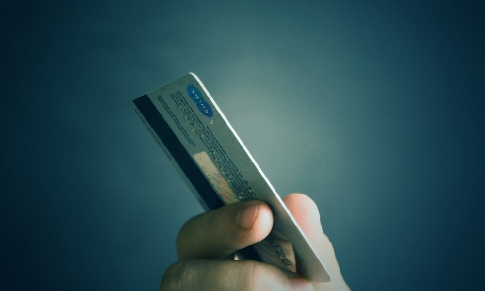 Fold, Kartu Debit Berhadiah Bitcoin